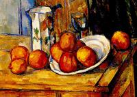 Bricco, bicchiere e piatto con frutta